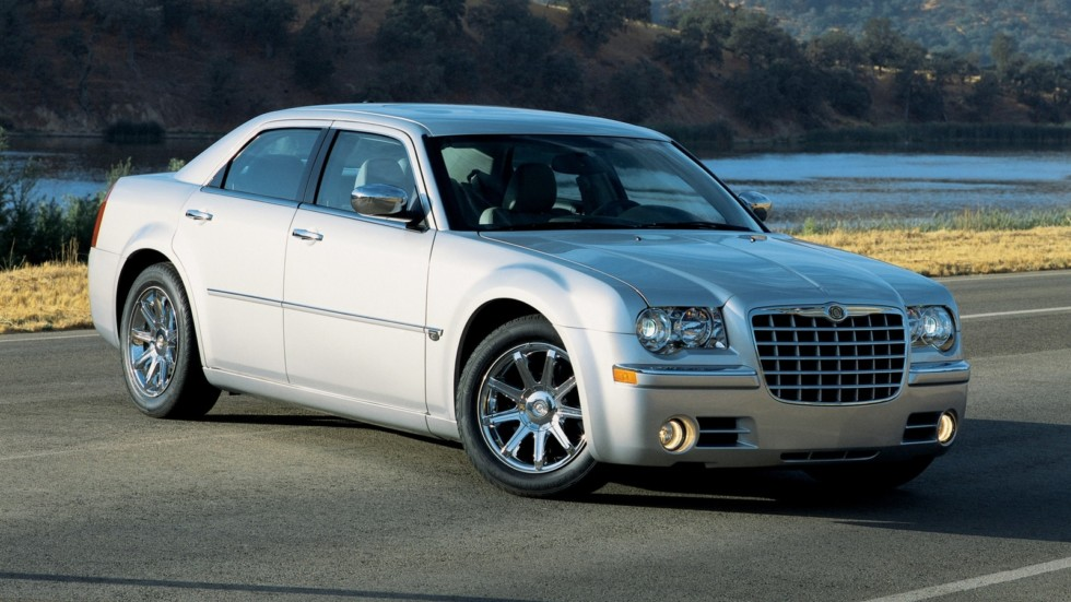 На фото: Chrysler 300C (LX) '2004–07