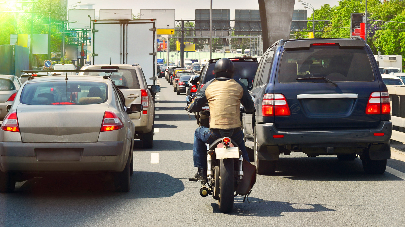 Мотоциклисты неполучат привилегий надороге— МВД