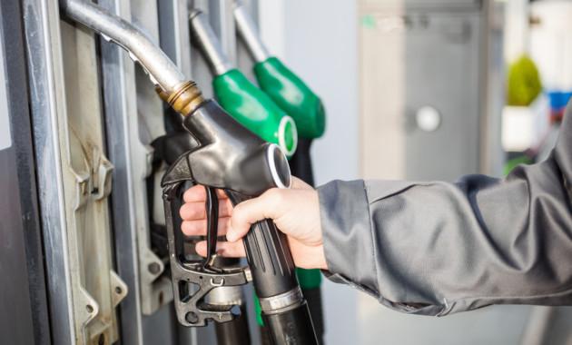 В РФ подскочили цены набензин