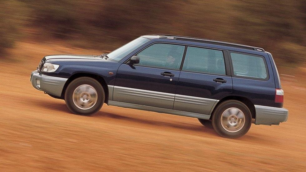 На фото: Subaru Forester 2.0GX (SF) '2000–02