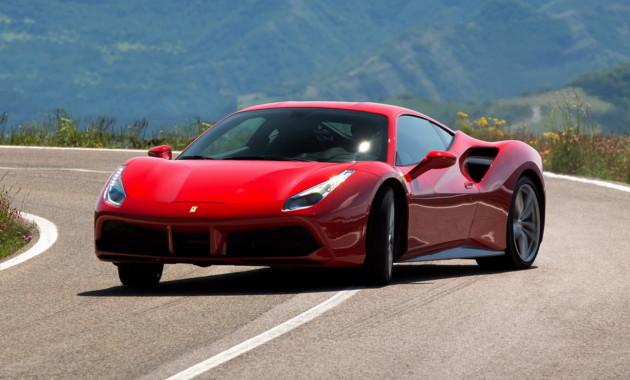 Мотор компании Феррари признан лучшим в этом году