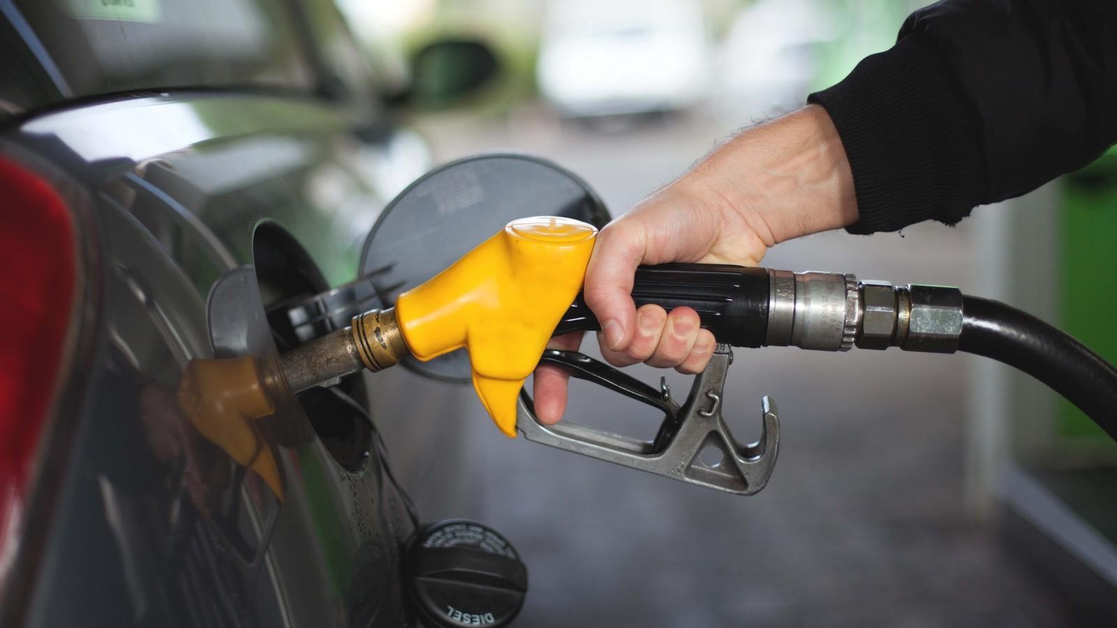Кабмин вносит вГосдуму законопроект обответственности заоборот некачественного топлива