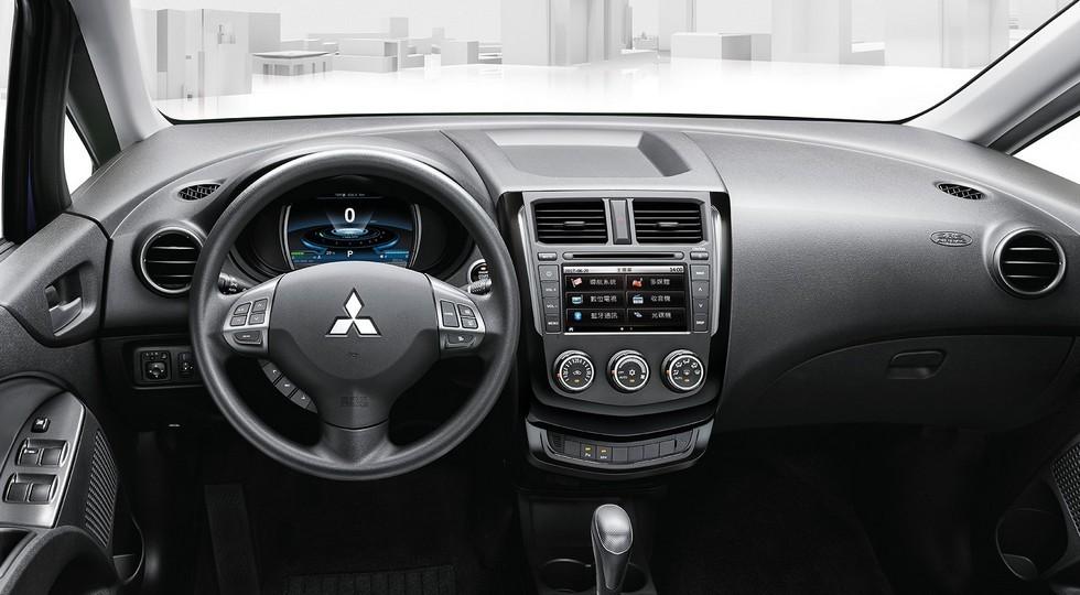 Рассекречен обновленный компактвэн Mitsubishi Colt Plus