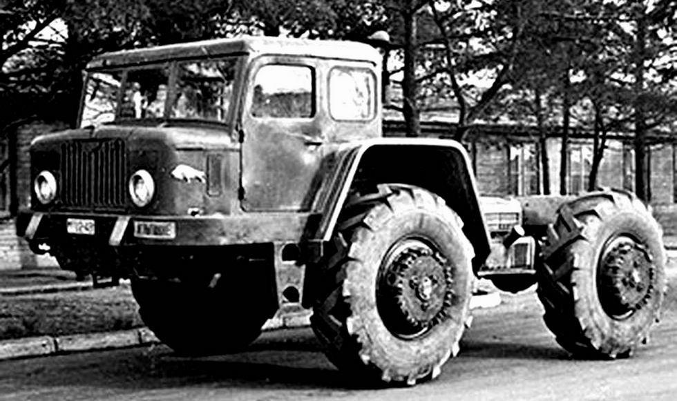 Многоцелевое короткобазное полноприводное военное шасси МАЗ-532