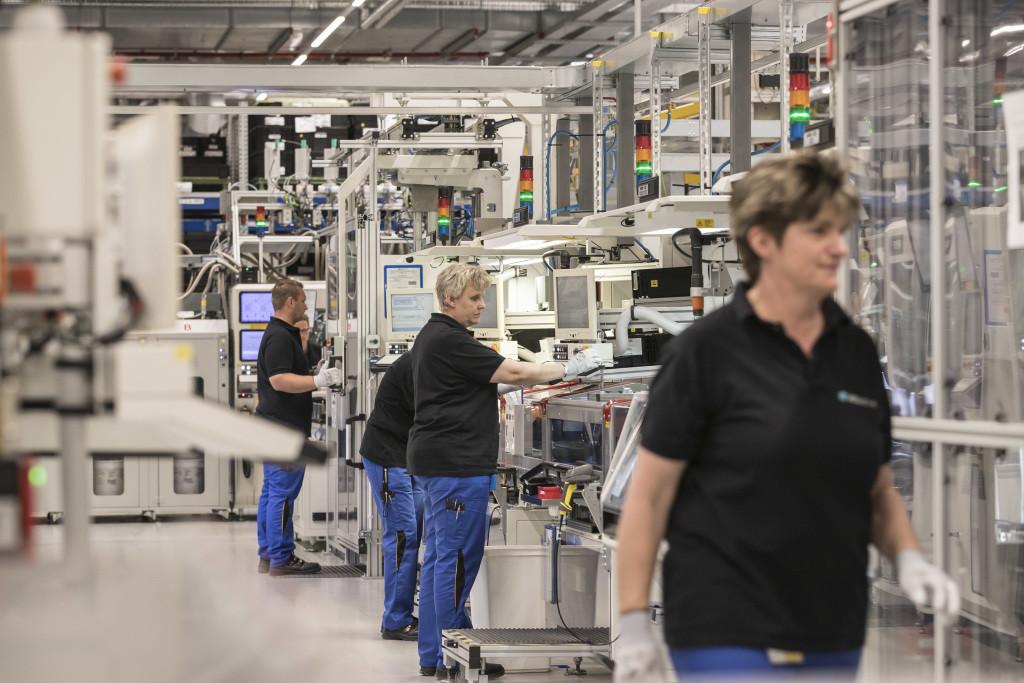 Daimler иBAIC объединяют усилия попроизводству батарей для электрокаров