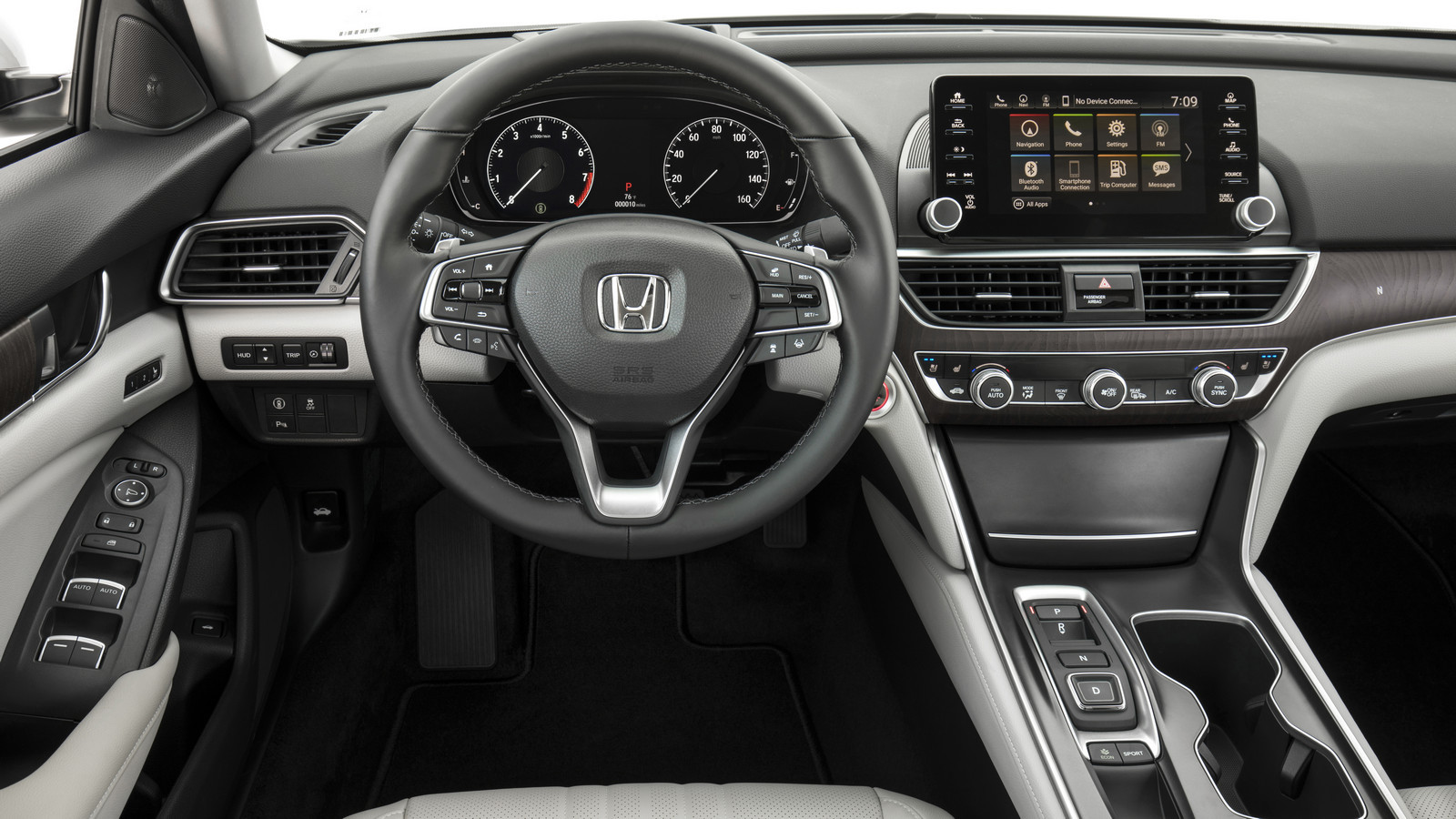 Хонда официально представила новый тип Accord