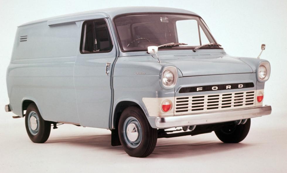 На фото: Ford Transit (1965)