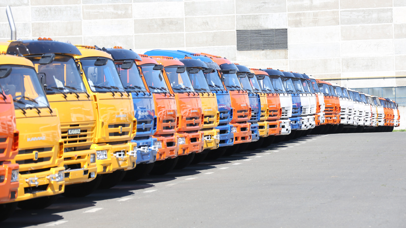 «КАМАЗ» заполгода натреть увеличил выручку— до61,9 млрд