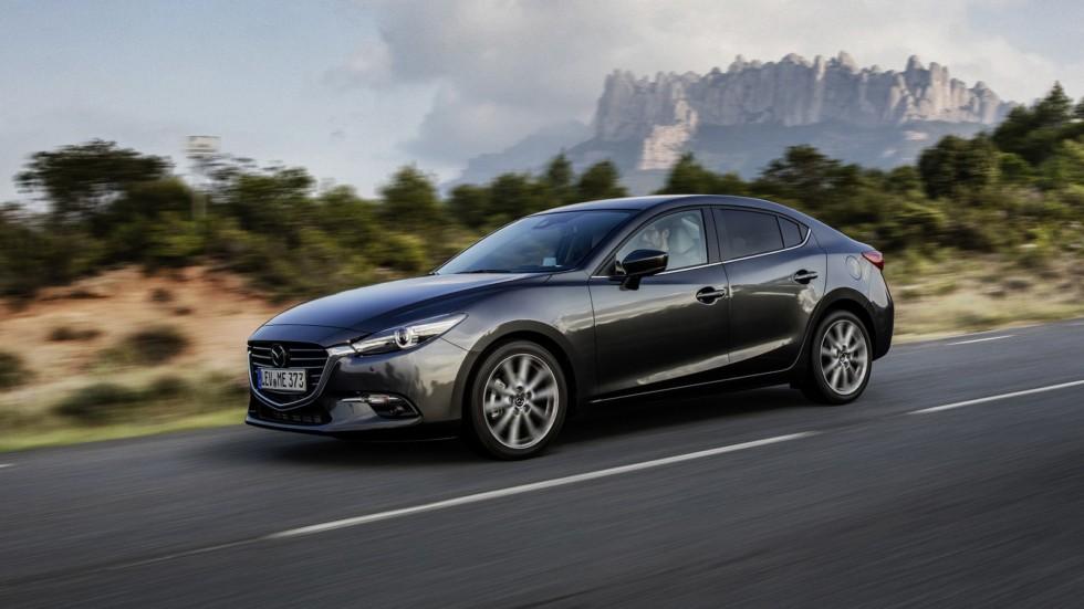 На фото: Mazda3 (BM) '2016–н.в.