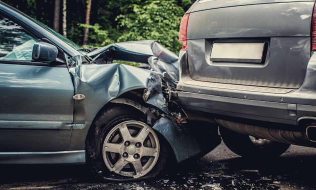 При заявке нарегистрацию авто через Госуслуги владельцы автомобилей получат 30% скидку