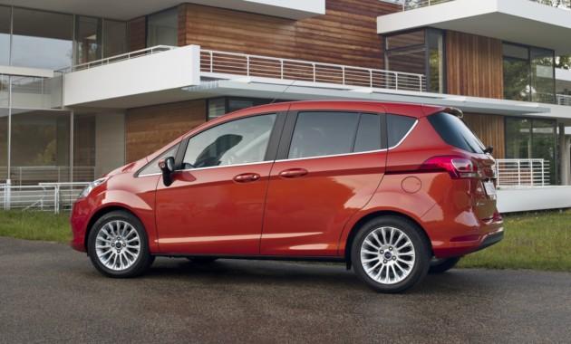 Компания Форд снимет спроизводства B-Max ради кроссовера EcoSport