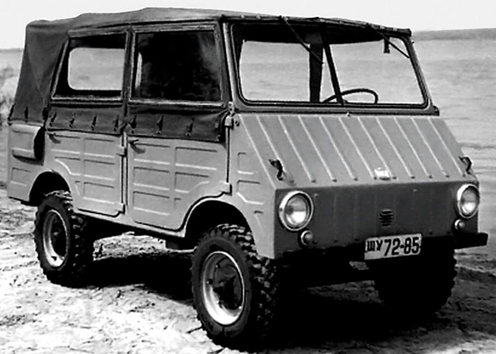 Многоцелевой заднемоторный грузопассажирский автомобиль ЗАЗ-971