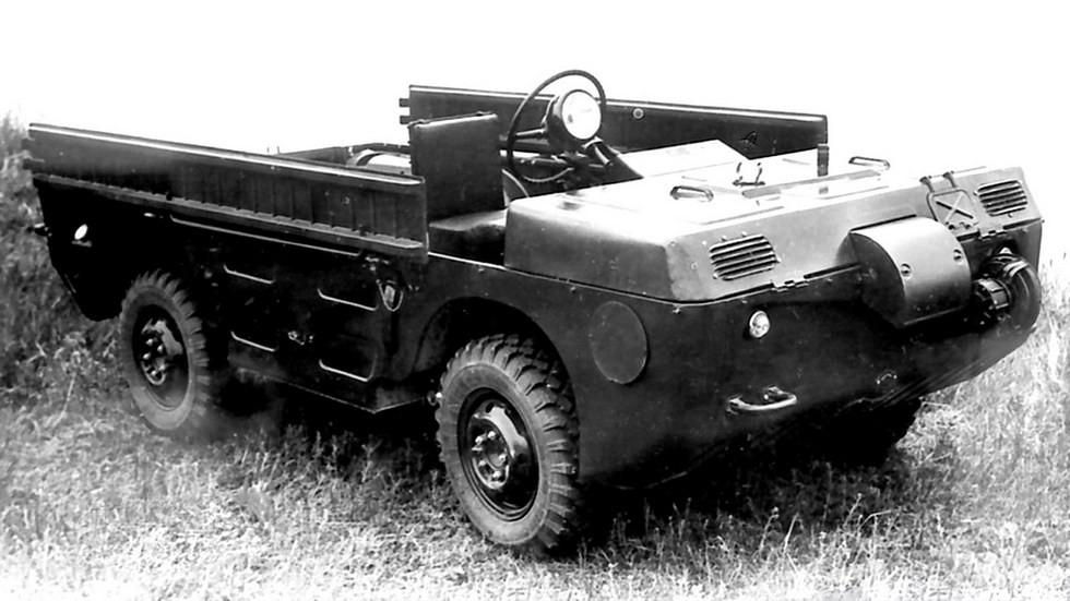 Машина ЗАЗ-967, приспособленная для управления из положения лежа (из архива НИИЦ АТ)