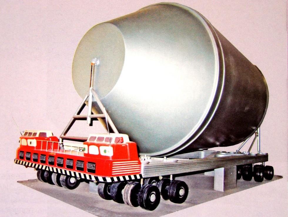 Эскиз 32-колесной платформы ЗИЛ-135Ш, собранной из модулей ЗИЛ-135МШ