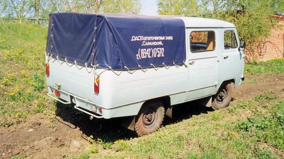 На фото: «Буханка» с кузовом производства Саранского авторемонтного завода