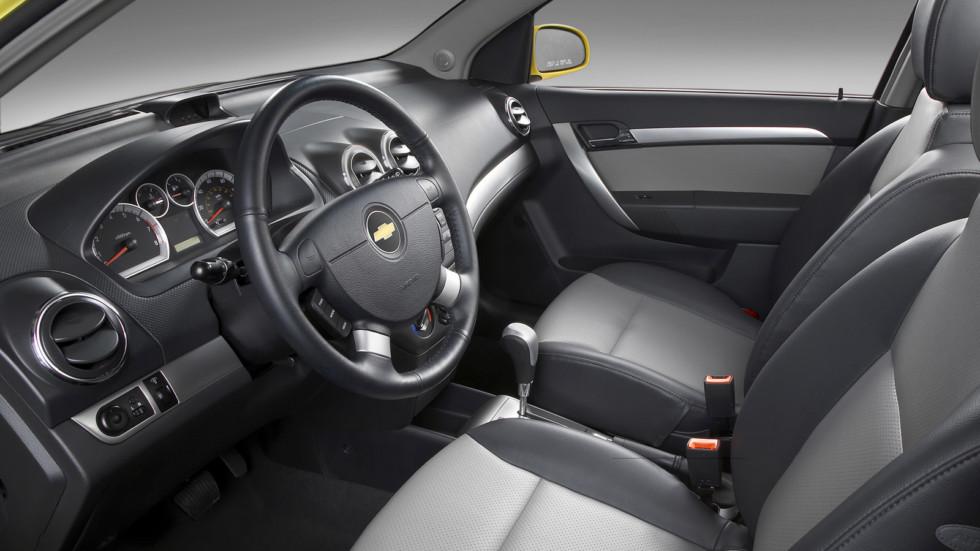 На фото: Chevrolet Aveo (T250) '2008–11