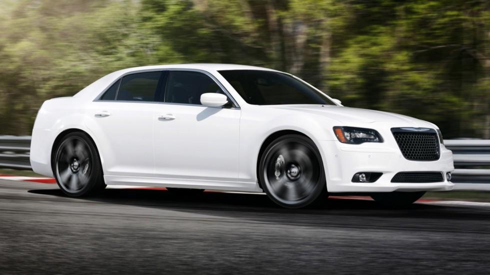 На фото: Chrysler 300 SRT8 '2011–15