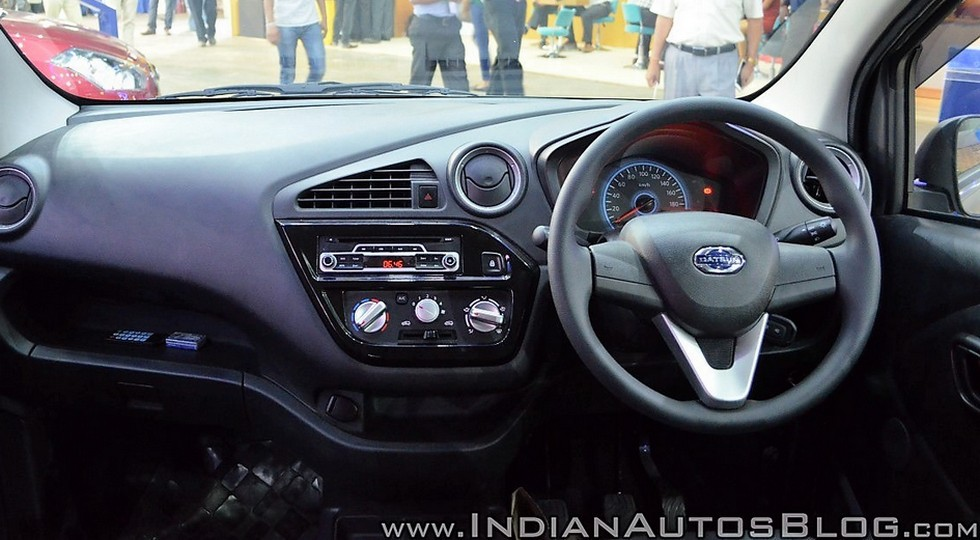 Datsun-redi-GO-Cross-dashboard-at-Nepal-Auto-Show-2017