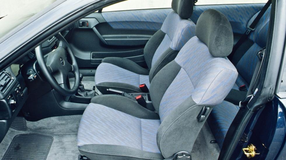 Интерьер Opel Calibra 2.0i 16V '1990–94