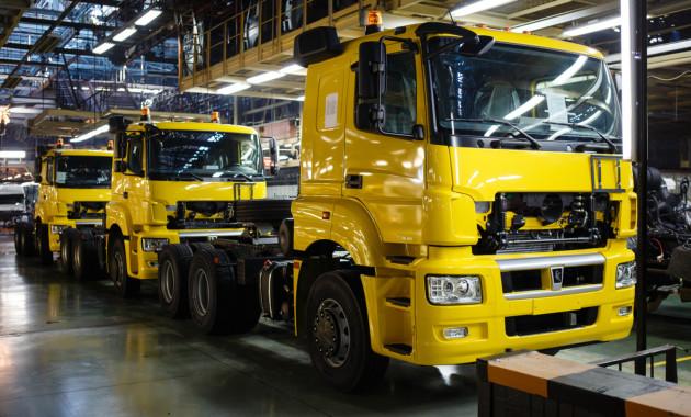 «КАМАЗ» практически на15% увеличил всередине лета производство машинокомплектов