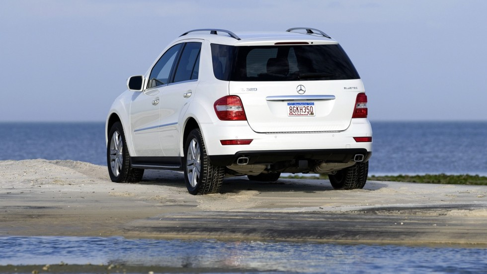 На фото: Mercedes-Benz ML 320 BlueTec (W164) '2008–11