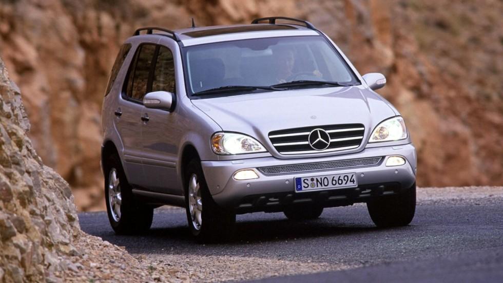 На фото: Mercedes-Benz ML 500 (W163) '2001–05