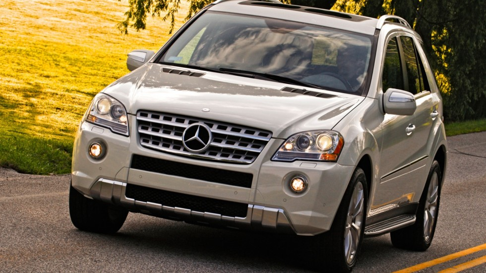 На фото: Mercedes-Benz ML 550 (W164) '2008–11