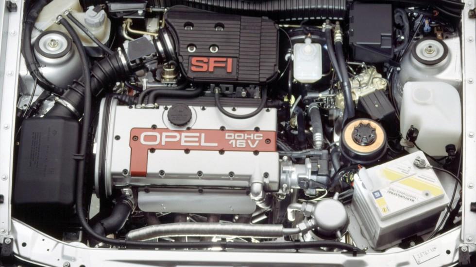 Под капотом Opel Calibra 2.0i 16V '1990–94