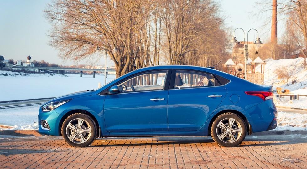 Названы самые известные автомобили с«автоматом» в РФ