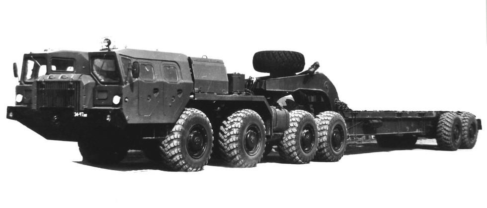 Опытный активный 30-тонный автопоезд МАЗ-7410-9988 «Оплот-Б»