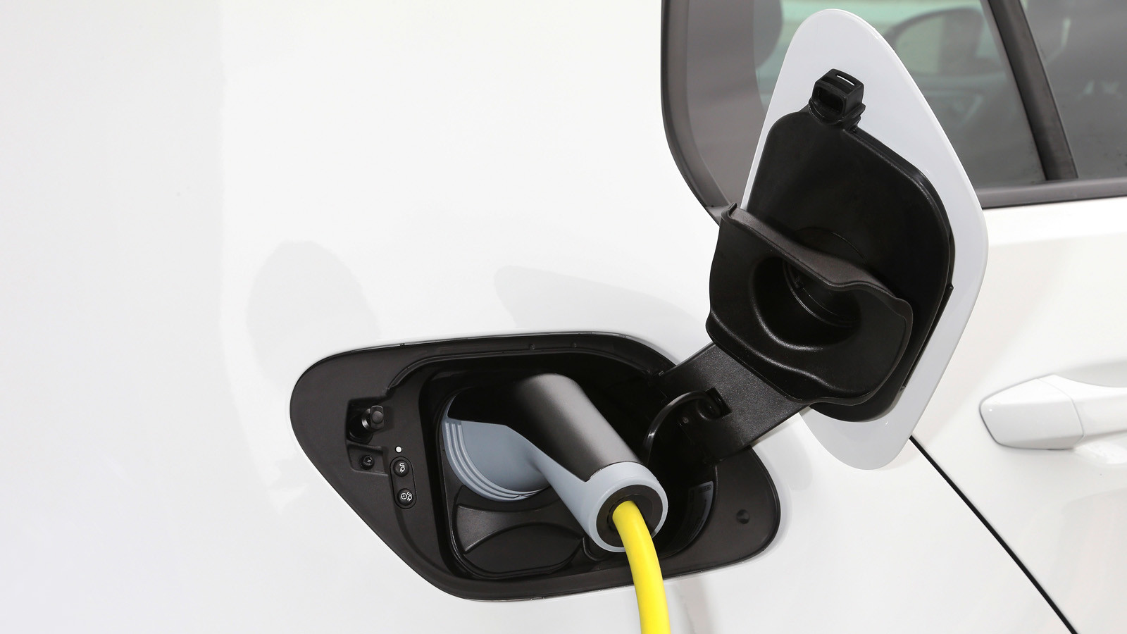 ЕКнепланирует вводить в EC квоты наэлектромобили