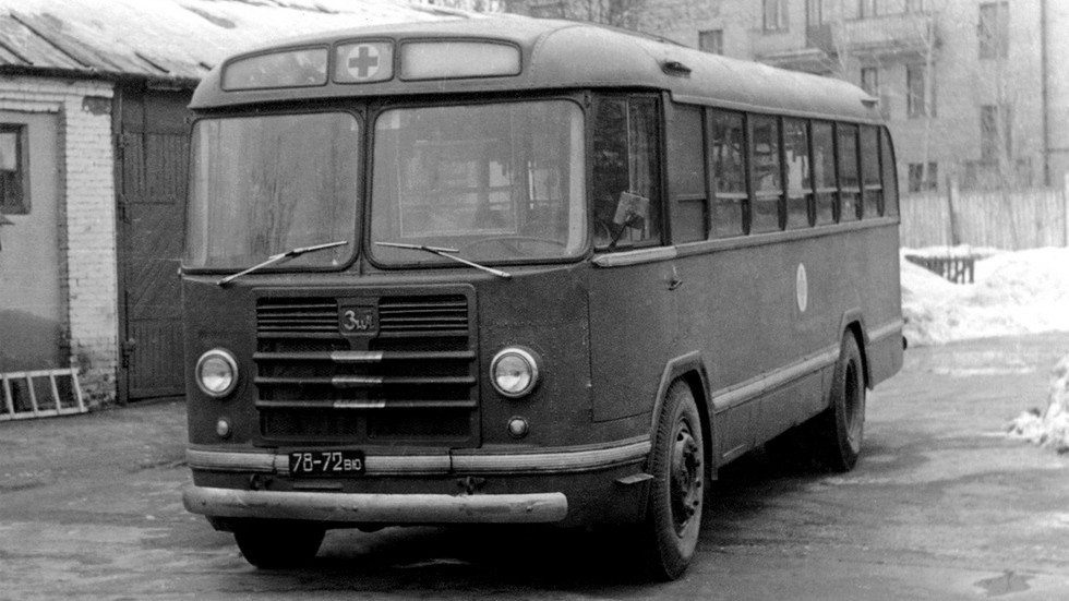 Санитарная модификация автобуса ЗиЛ-158 в серию так и не пошла
