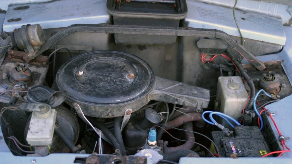 Четырехцилиндровые моторы Ford обеспечивали машине вполне ординарные динамические характеристики.