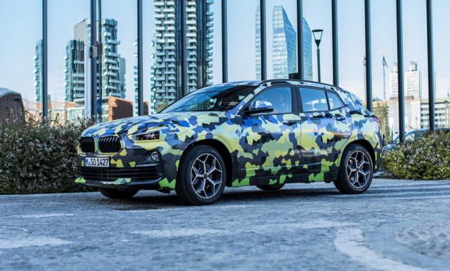 Новое кросс-купе БМВ X2 показали влегком камуфляже