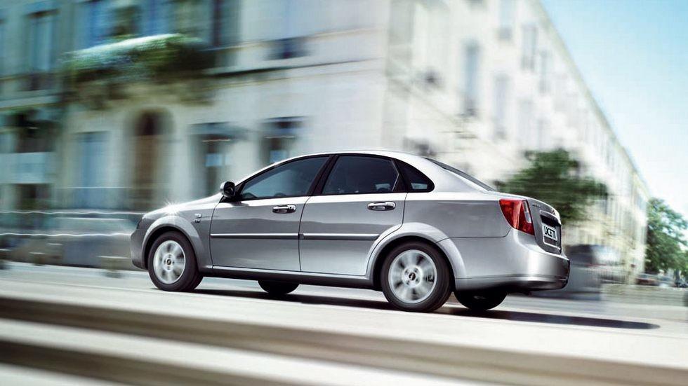 На фото: Chevrolet Lacetti Sedan CDX '2004–н.в.
