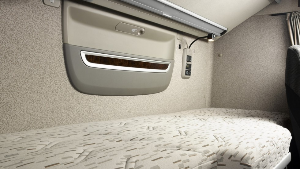 DAF-XF-Euro-6-mattress-21
