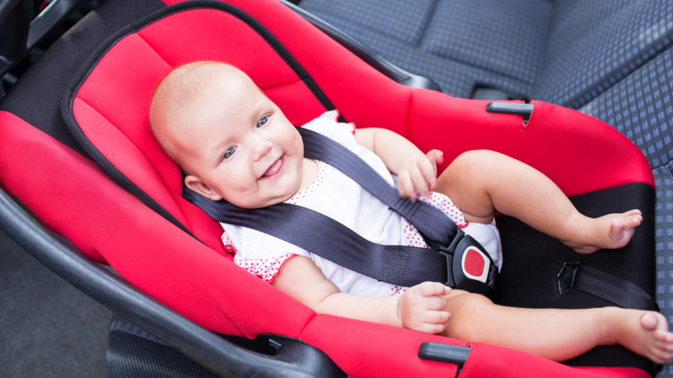 baby seats in the car seat