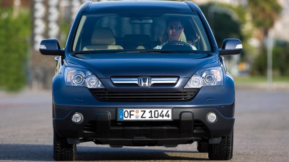 На фото: Honda CR-V '2006–09