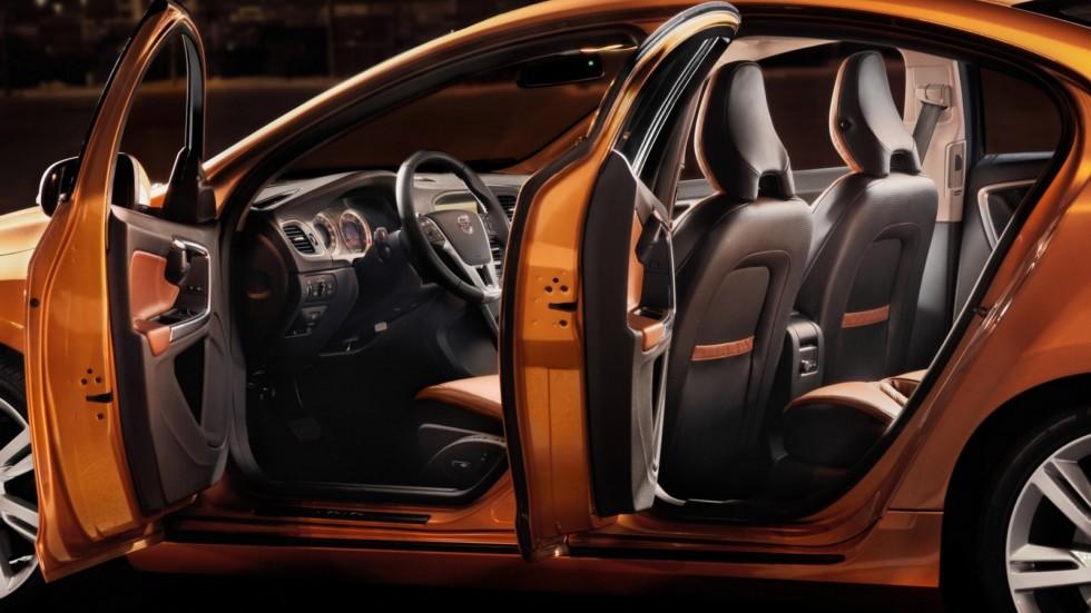 На фото: Интерьер Volvo S60 '2010–13