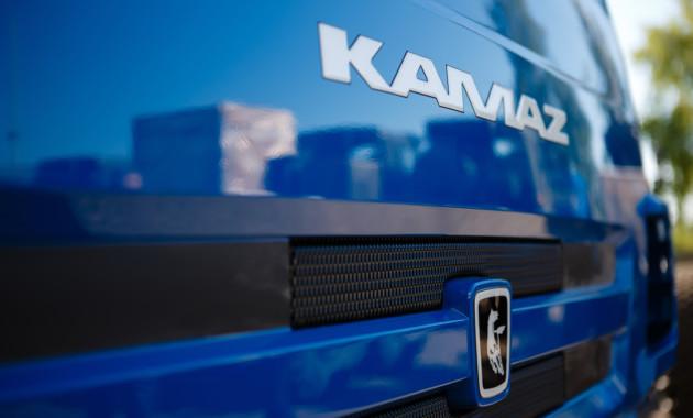 Новый Мерседес Бенс  Actros выходит на русский  рынок фургонов