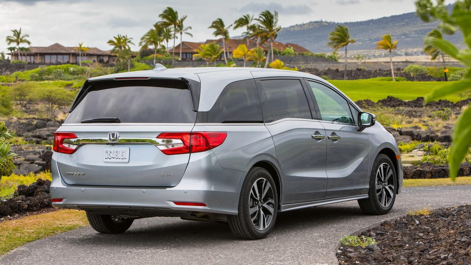 Новая Хонда Odyssey 2018 проходит тестирования IIHS