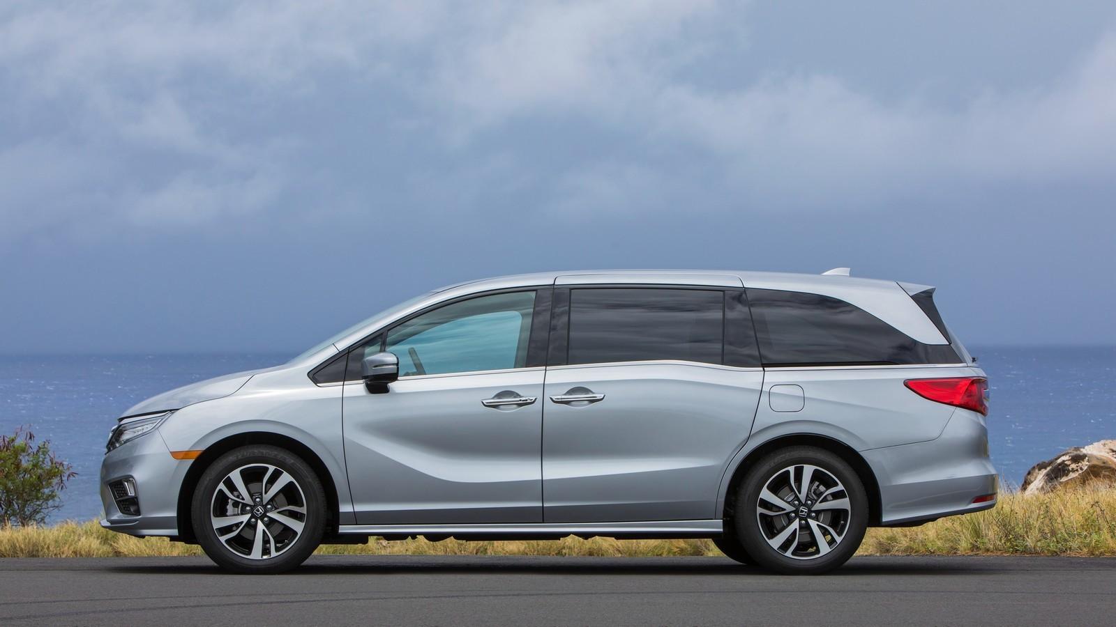 Новая Хонда Odyssey 2018 проходит тесты IIHS