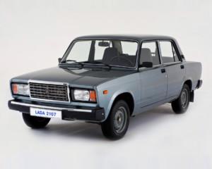 В России за 10 лет почти в два раза увеличилось количество автомобилей