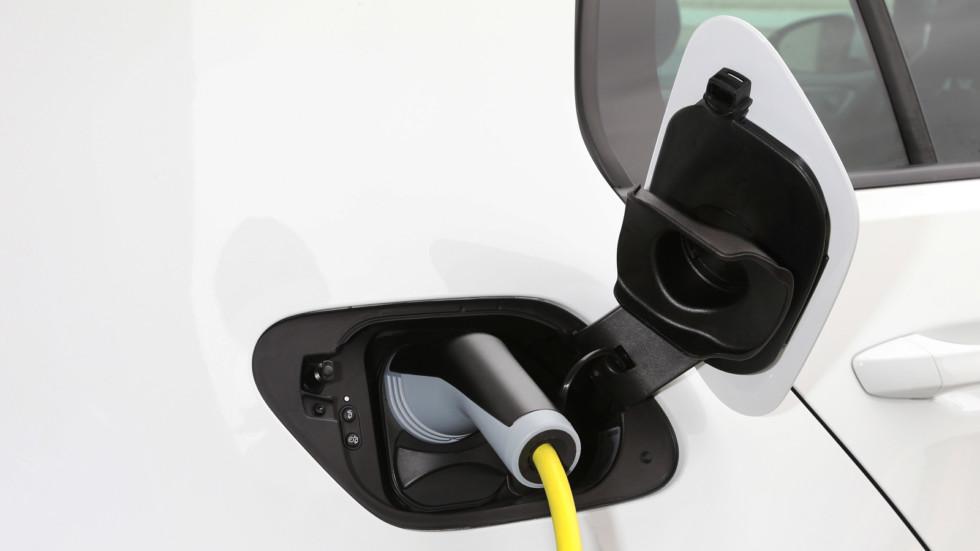 В Европе увеличилась объёмы производства бензиновых автомобилей