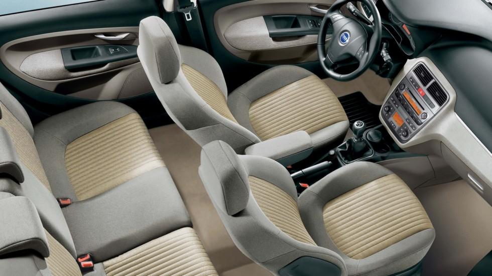 На фото: Интерьер Fiat Grande Punto 5-porte '2005–12