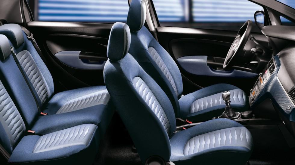 1бИнтерьер Fiat Grande Punto 5-porte (199) '2005–12
