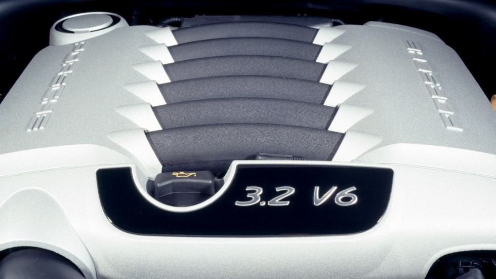 2Под капотом Porsche Cayenne (955) '2003–07