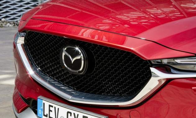 20ОктВ России начали строить завод по выпуску моторов Mazda