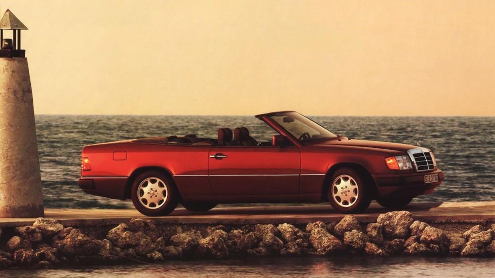 На фото: Mercedes-Benz 300 CE-24 Cabrio (A124) '1992–1993