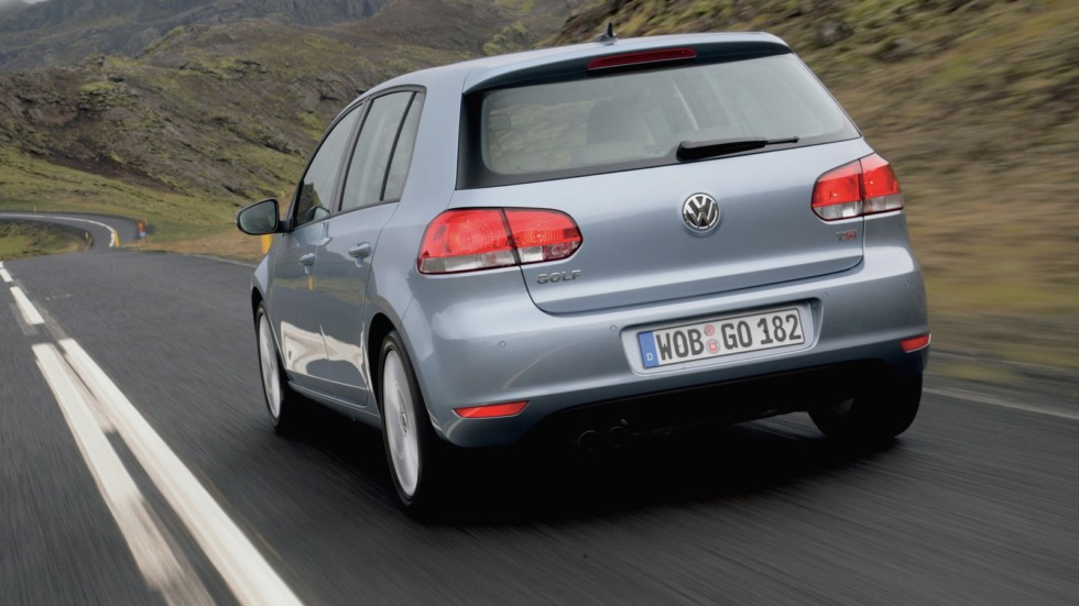 На фото: Volkswagen Golf 5-door '2008–12